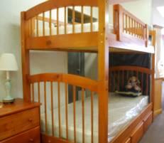 Kids Twin Bunk Beds